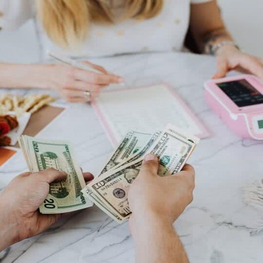 Você sabe quanto ganha e quanto gasta?